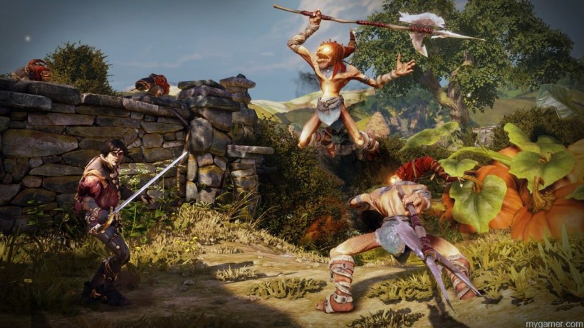 Hereos fighting together in Fable Legends