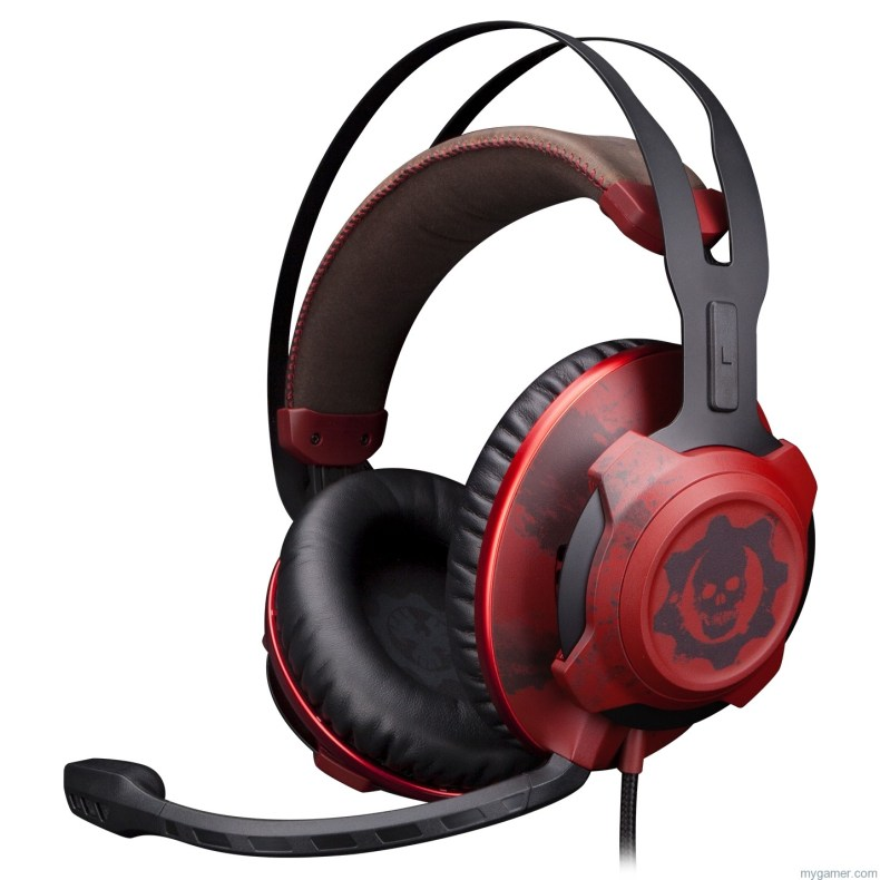 The HyperX CloudX Revolver Gears of War Headset Looks... Bloody The HyperX CloudX Revolver Gears of War Headset Looks… Bloody HyperX Cloud Rev Gears of War