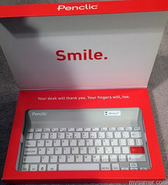 Reminded me of opening a pizza box.  Penclic Mini Keyboard K2 Review Penclic Mini Keyboard K2 Review Penclip K2 box open