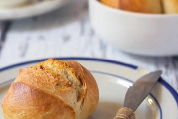Breakfast Bread Rolls