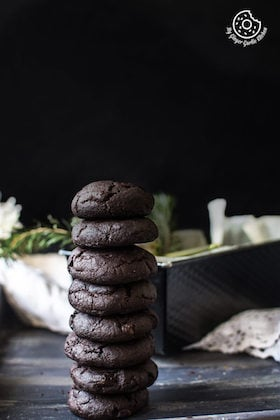 Eggless Triple Chocolate Cookies Recipe