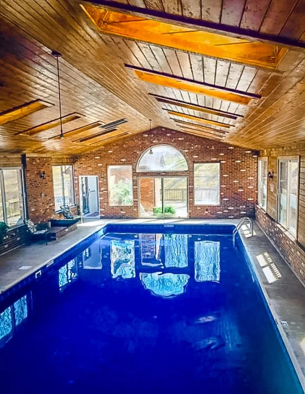 Poconos House With Indoor Pool : poconos, house, indoor, Airbnb, Vacation, Rentals, Indoor, Pools, (With, Availability!)