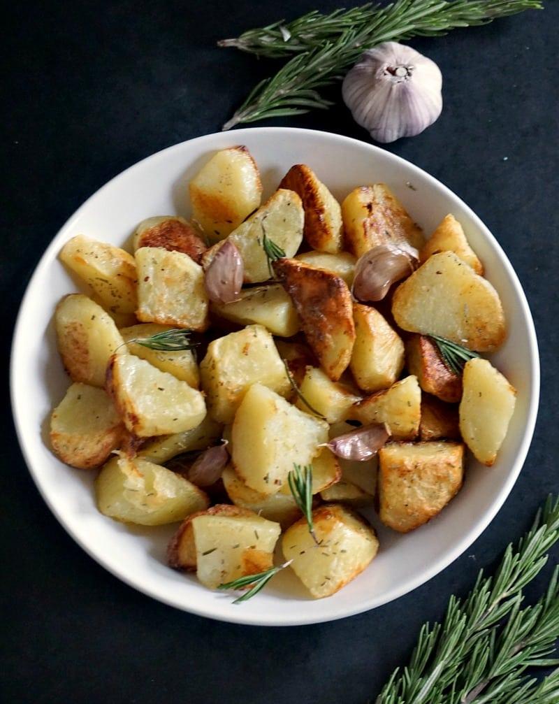 Oven roasted garlic rosemary potatoes