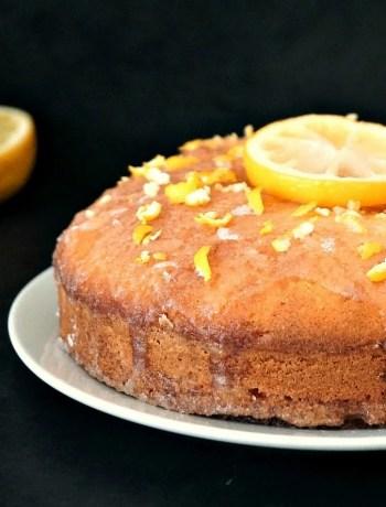 Classic lemon drizzle cake recipeClassic lemon drizzle cake recipe