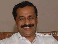 Kozhikode Mayor Distributes Assistance to Beneficiaries of Prime Minister Awas Yojana