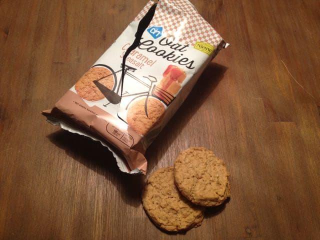 oat cookies caramel seasalt