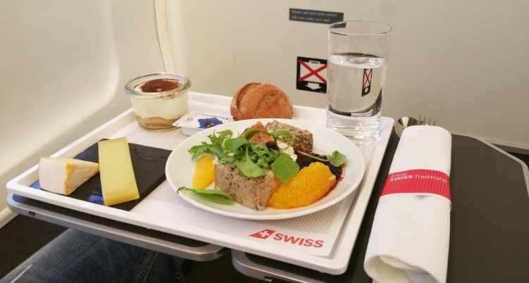 eten in het vliegtuig: swiss air