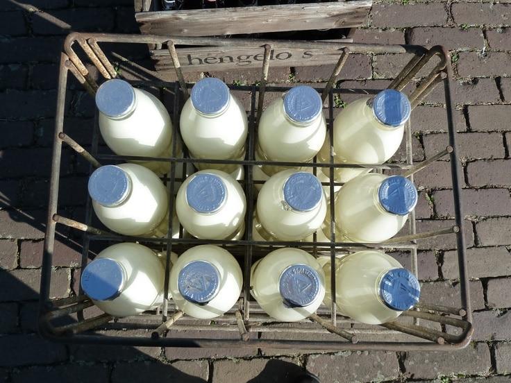 geschiedenis van ons toetje: zuivel in flessen