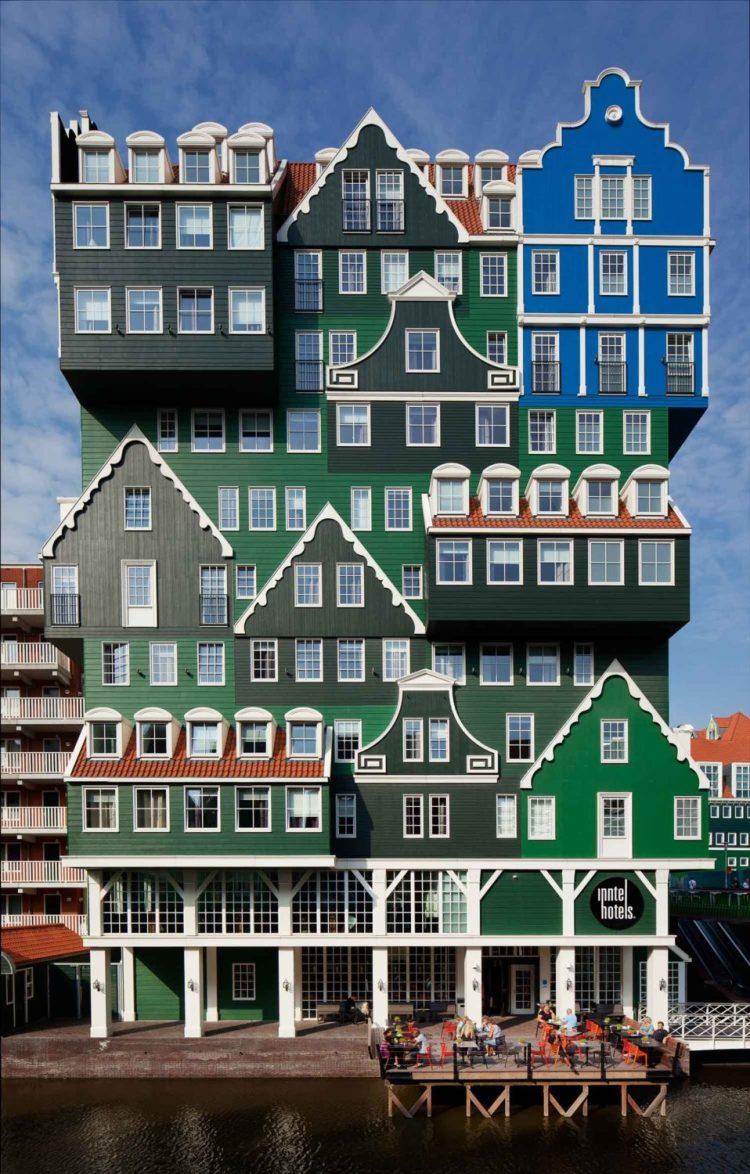 Het blauwe huis van monet -gevel intell