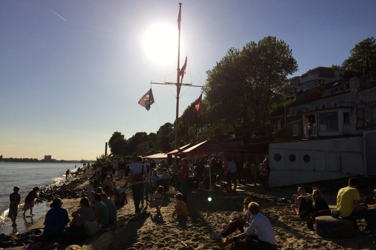 Hamburgs berühmtester Strandkiosk: die Strandperle