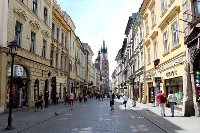 Die Ulica Florianska wird gesäumt von hübsch renovierten Stadthäusern