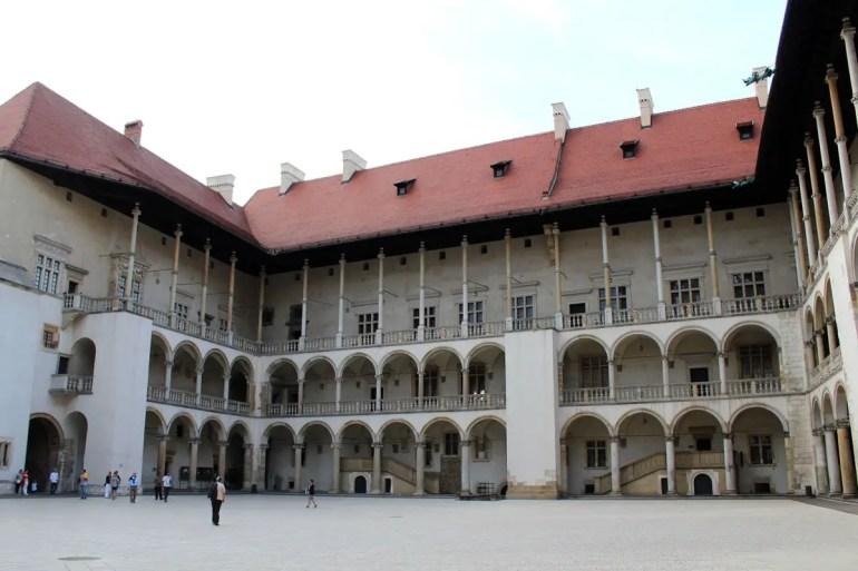 Der Innenhof des Königsschlosses auf dem Wawel