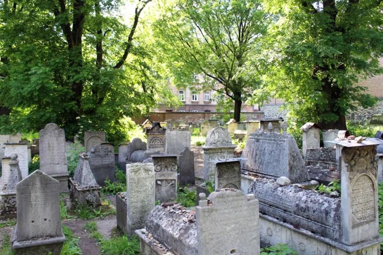Hinter der Remuh-Synagoge liegt einer der bedeutendsten jüdischen Friedhöfe Europas