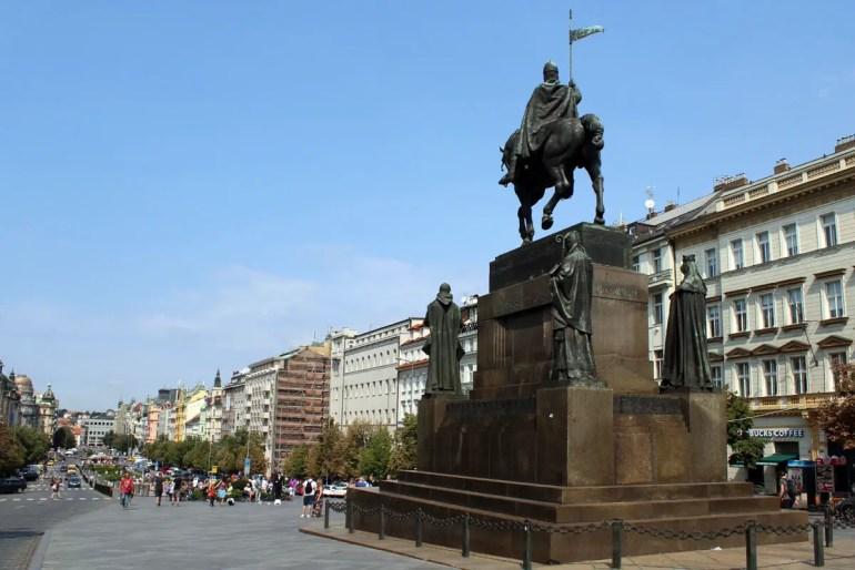 Symbol für den Prager Frühling: der Wenzelsplatz mit der Wenzel-Statue