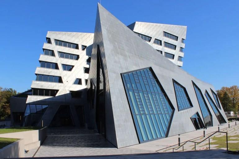 Moderne Architektur in Lüneburg - entworfen vom New Yorker Stararchitekten Daniel Libeskind