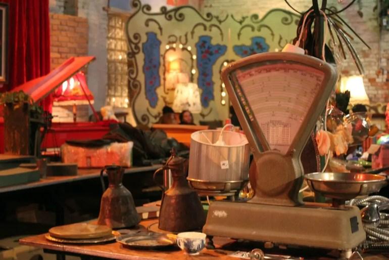 Beim Winterbasar in der Hanseatischen Materialverwaltung findest du einiges an alten Schätzen