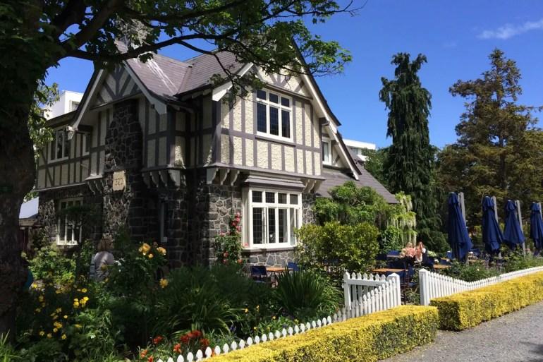 Architektur wie in England findest du auch im Botanischen Garten in Christchurch