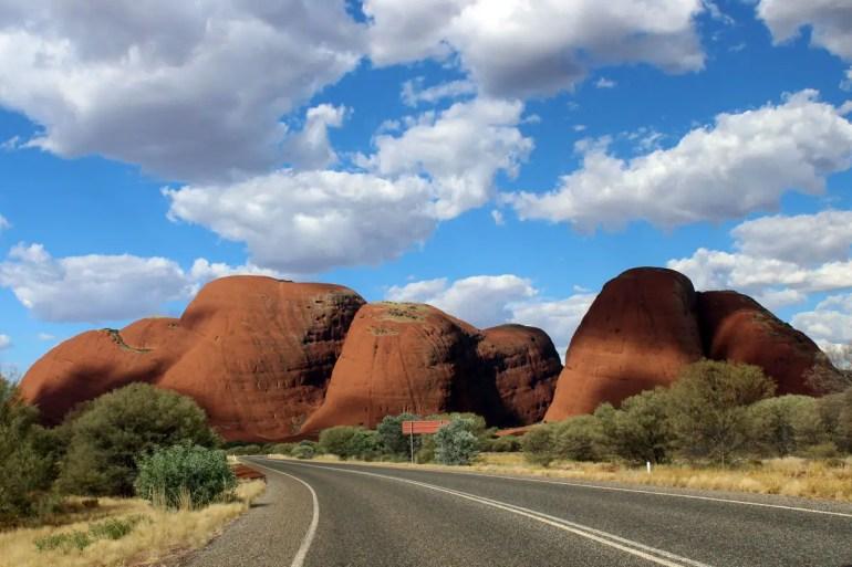 Nur die wenigsten wissen, dass unweit vom Uluru auch die Olgas sehenswert sind