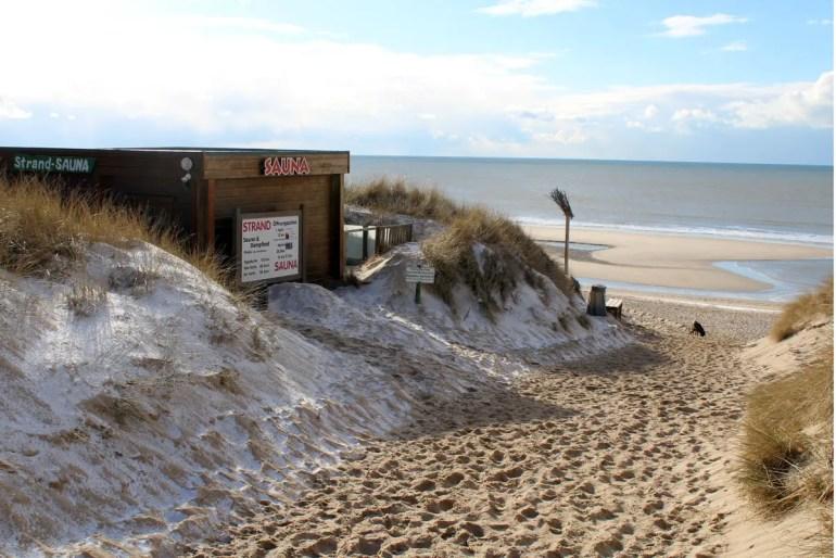 Tradition hat auf Sylt die Strand-Sauna wie hier in Rantum