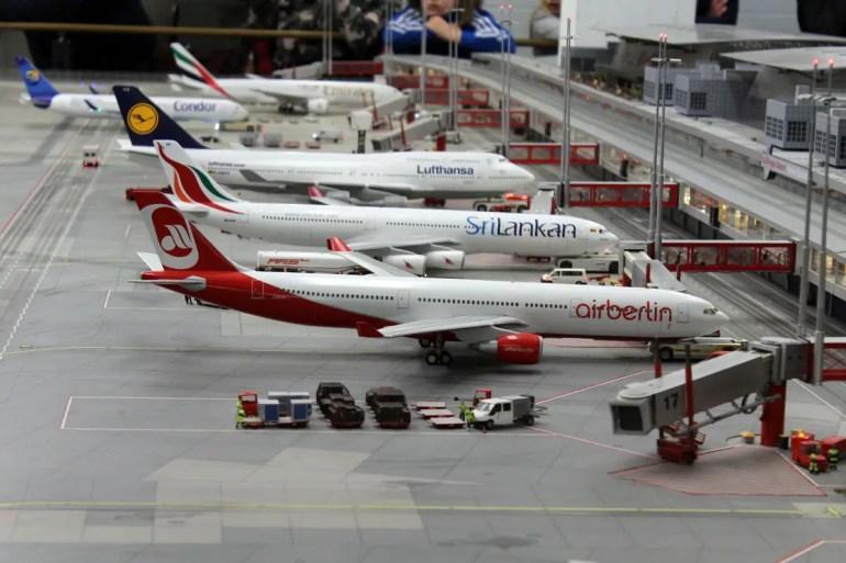 Im Miniatur Wunderland fliegt Air Berlin immer noch