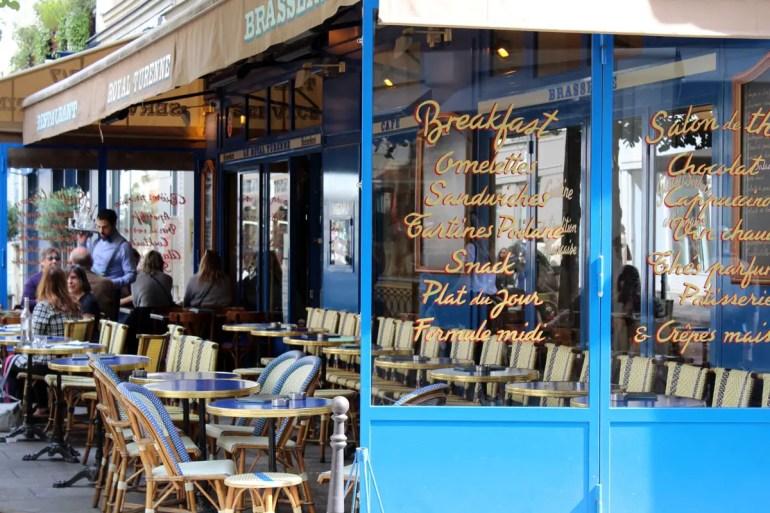 Typisch Paris: eine der vielen Brasserien
