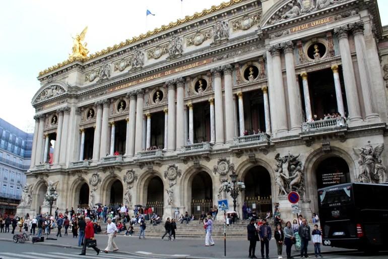 Die Opéra Garnier ist von außen und innen sehenswert