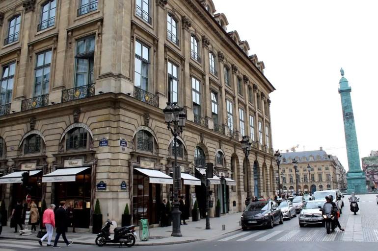 Von der Rue Saint-Honoré geht es Richtung Place Vendôme