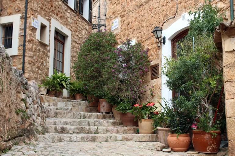 Fornalutx gilt als eines der schönsten Dörfer Mallorcas und ganz Sapniens