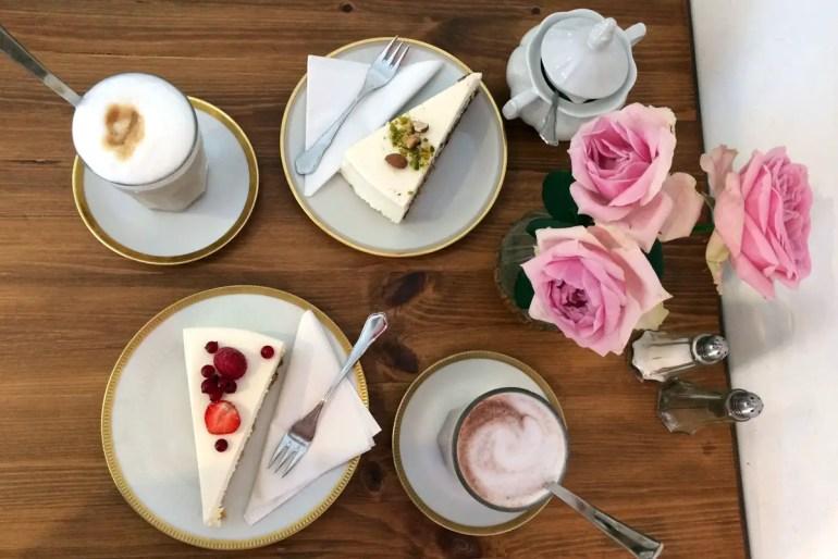 Zuckersüß und lecker: der Kuchen in der Zuckermonarchie