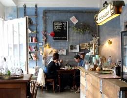 Ein cooles Café jenseits der Elbe: die Kaffeeklappe in Wilhelmsburg