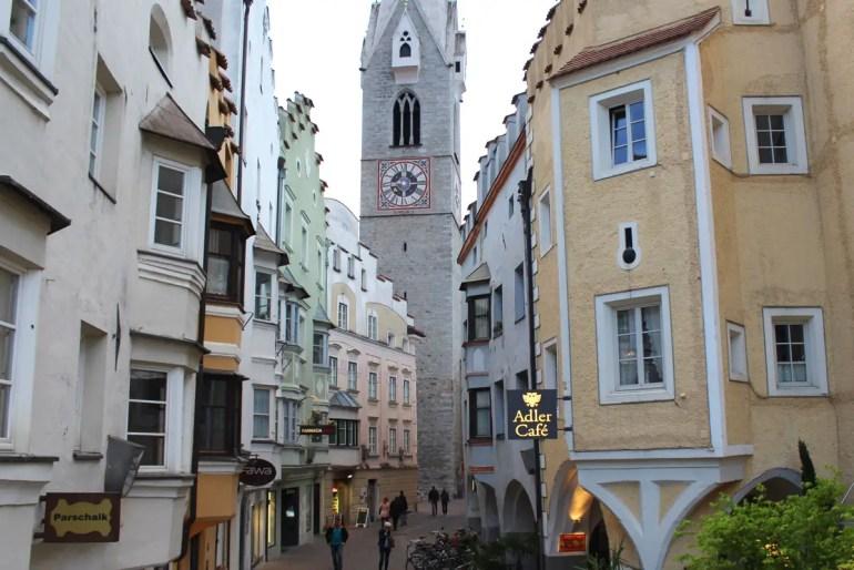 Der Weiße Turm ist eines der Wahrzeichen von Brixen