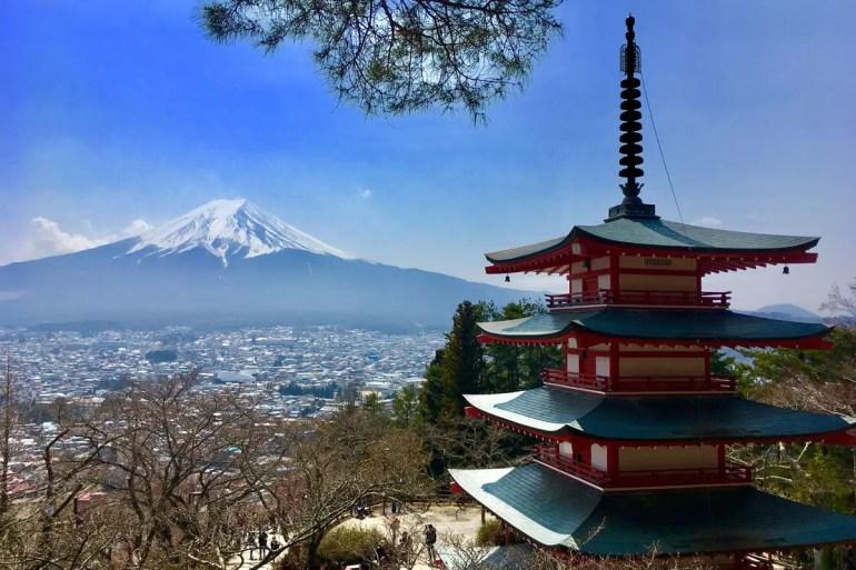 Von der Chureito Pagode bietet sich ein herrlicher Ausblick auf den Mount Fuji