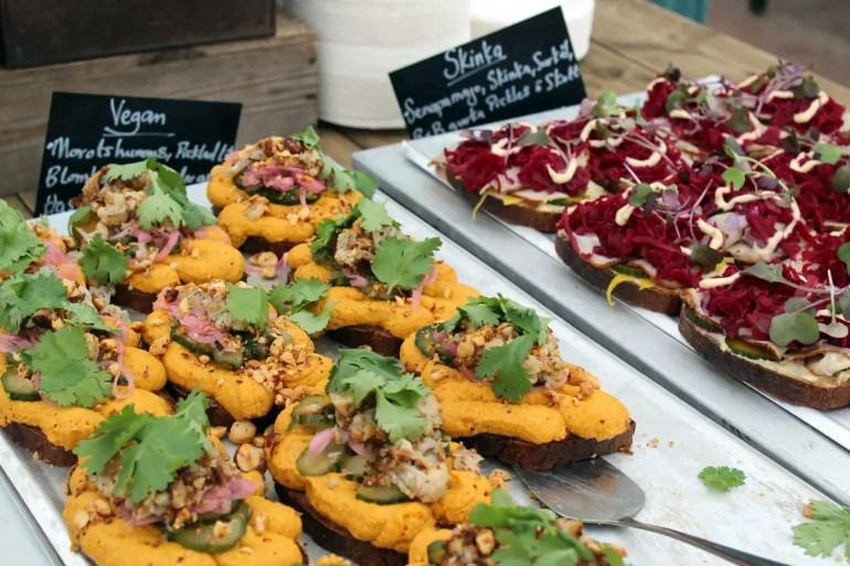 Im Café im Rosendals Gewächshaus findest du auch vegane Alternativen