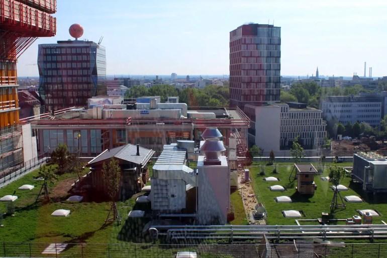 Aus Riesenrad aus kannst du einen Blick auf die Stadtalm werfen