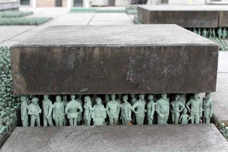 Tausende kleine Figuren: Grass Roots in der Teatergata