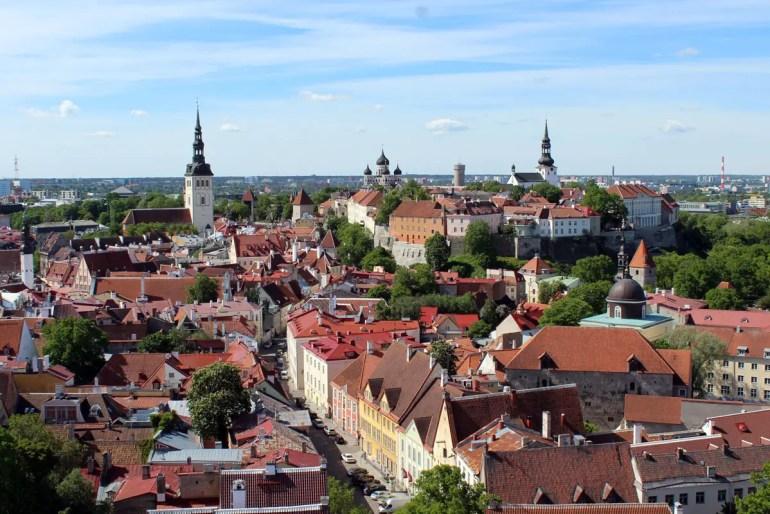 Der Ausblick von der Olaikirche auf die Altstadt