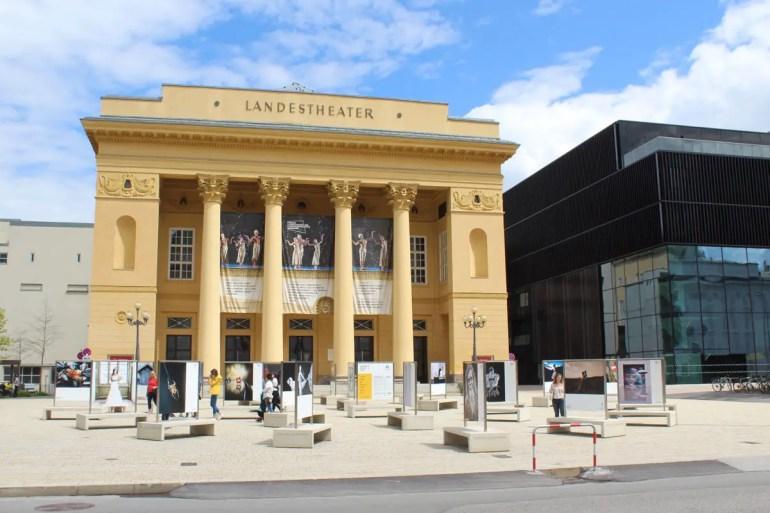 Alt trifft neu: Landestheater und Haus der Musik