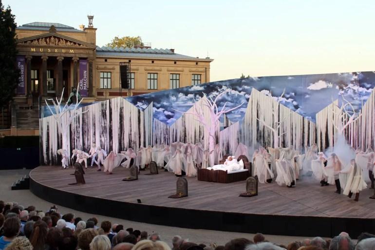 Das Musical Anatevka wird im Alten Garten gespielt