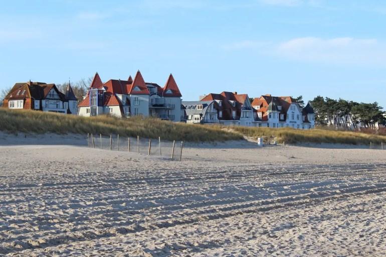 An der Strandpromenade stehen noch zahlreiche Gründerzeitvillen