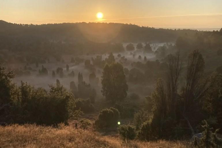 Beeindruckend: der Sonnenaufgang über dem Totengrund im Morgennebel