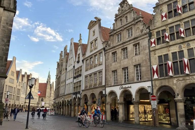 Der Prinzipalmarkt ist das Wahrzeichen und die gute Stube von Münster