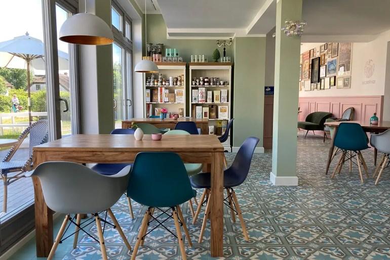 Modernes Design gibt's im Café Kleiner Prinz in Vitte