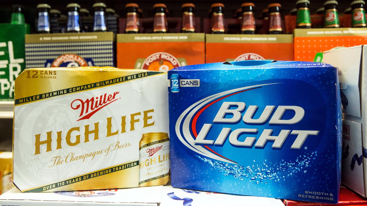 Lent 2 Alcohol Beer Miller High Life Bud Light-159532.jpg52199087