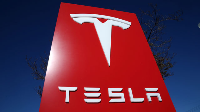 Tesla_1468425118284_111656_ver1_20170227173801-159532