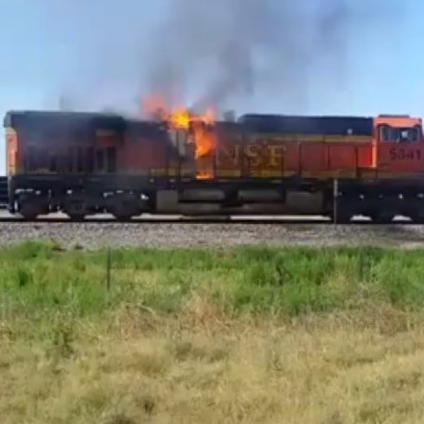 train fire courtesy Ronnie Darlene Marez, Facebook 6-26-17_1498498774521.jpg