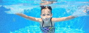 kid underwater
