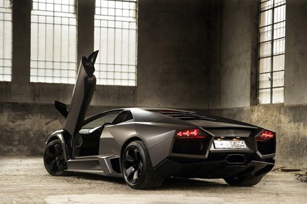2010-Lamboghini-Reventon-Wallpaper-1