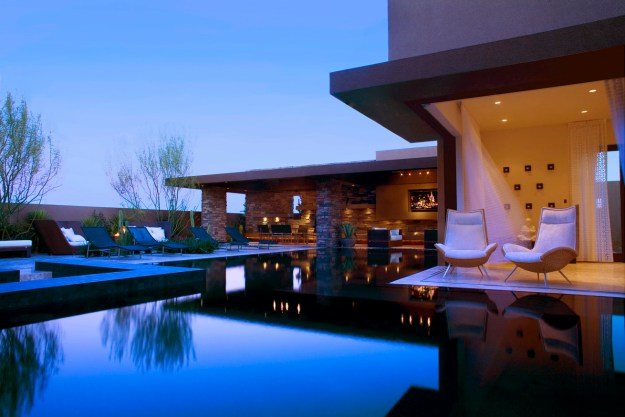 Luxury homes with pool in Las Vegas