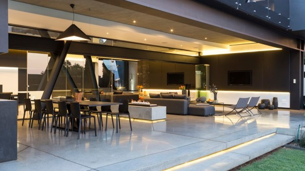 Kloof Road House by Nico van der Meulen Architects 10