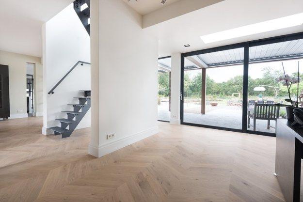 Chevron Oak flooring by Dennebos Flooring 01